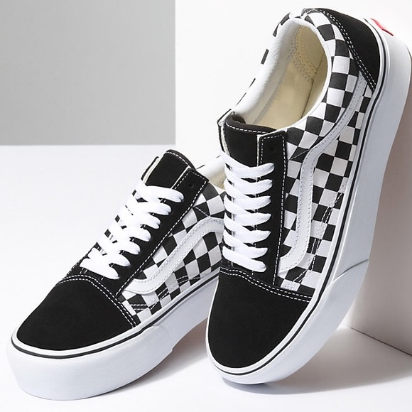 afdcf53b98f825 Old Skool Checkered Platform Vans PRICE IS FIRM. M 5afa67383a112ec847d1a70a